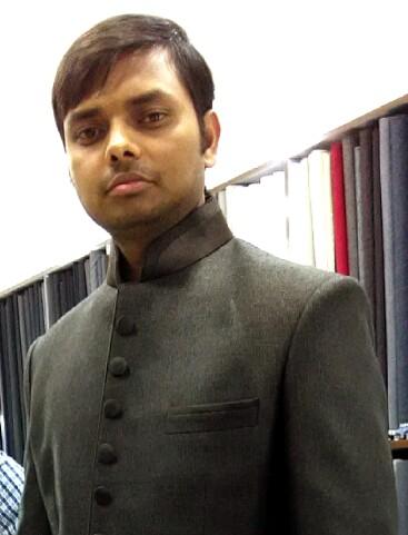 Portrait of Saket Kumar